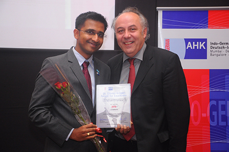 karthik-shivshankar-batch-2011-2013-receives-the-guenter-krueger-award