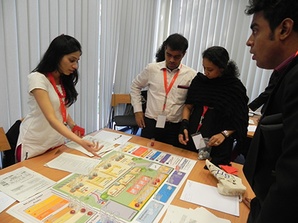 students-involed-in-a-business-simulation-game-at-the-dhbw-university