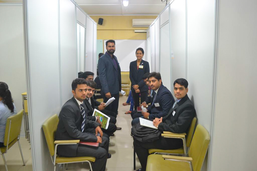 students-waiting-for-co-interview