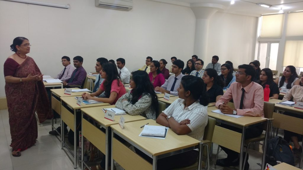 Dr. Laxmi Nadkarni, HR Head South Asia conducts an interactive session on HR and ethics – connecting the dots!