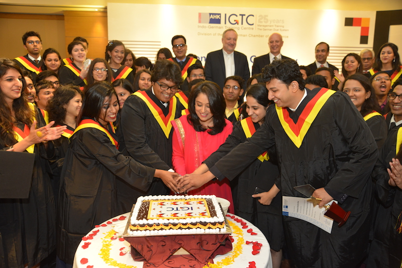 The mandatory IGTC cake cutting ceremony with the PGPBA Batch 2015-2017 and Radhieka R Mehta, Director, IGTC