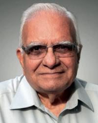 Dr. Harkant Mankad