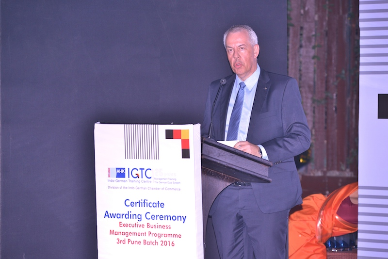 Dr. Andreas Lauermann, President and Managing Director, Volkswagen India addresses the audience