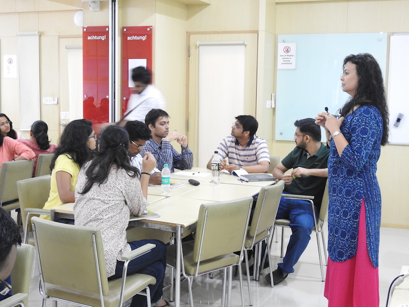 Bipasha Roy, Managing Director, Mobius Space Consulting, Pvt. Ltd addresses the batch about Desing Thinking