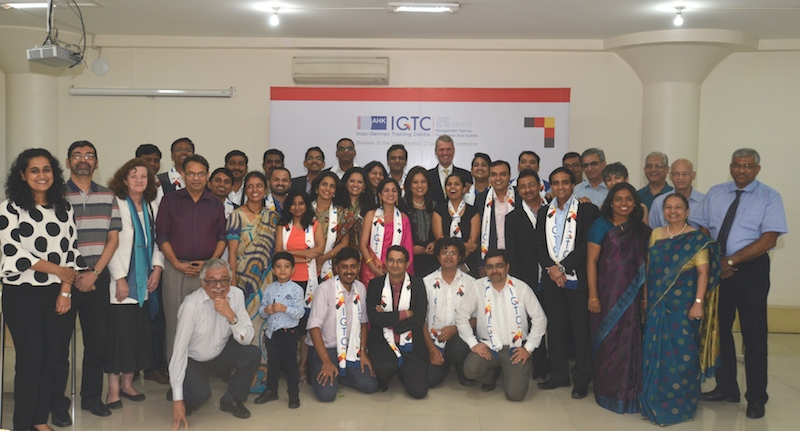 29 managers from different organizations received their EBMP completion certificates